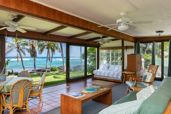 Puako Oceanfront Cottage for sale