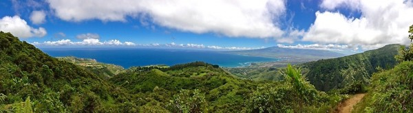 Waihei Ridge Trail Pano
